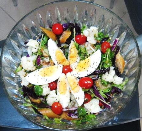 Vegetables Salad with Egg Recipe